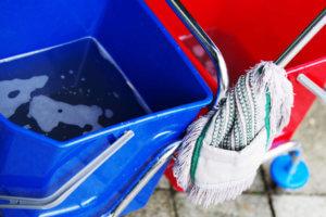 Reinigungsmaterialien der SAAD Facility Management im Rahmen der Gebäudereinigung in Herrenberg